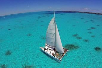 Isla Mujeres Catamaran Plus